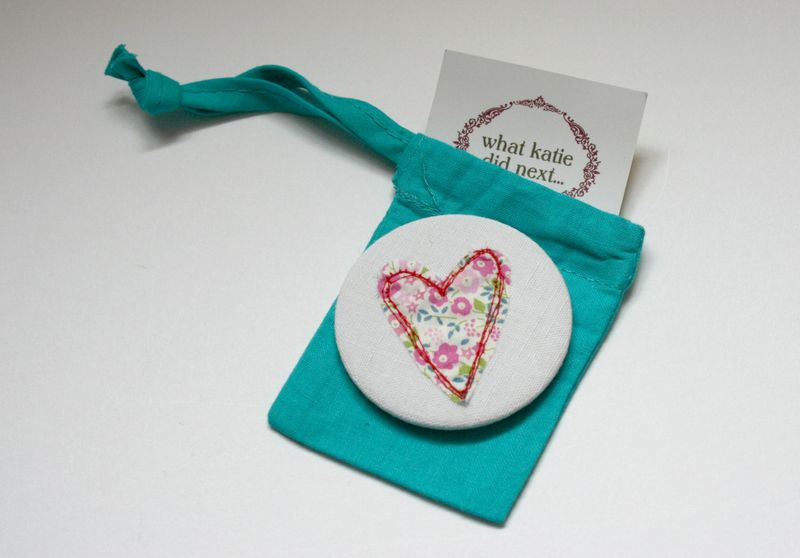 Mirror in turquoise bag